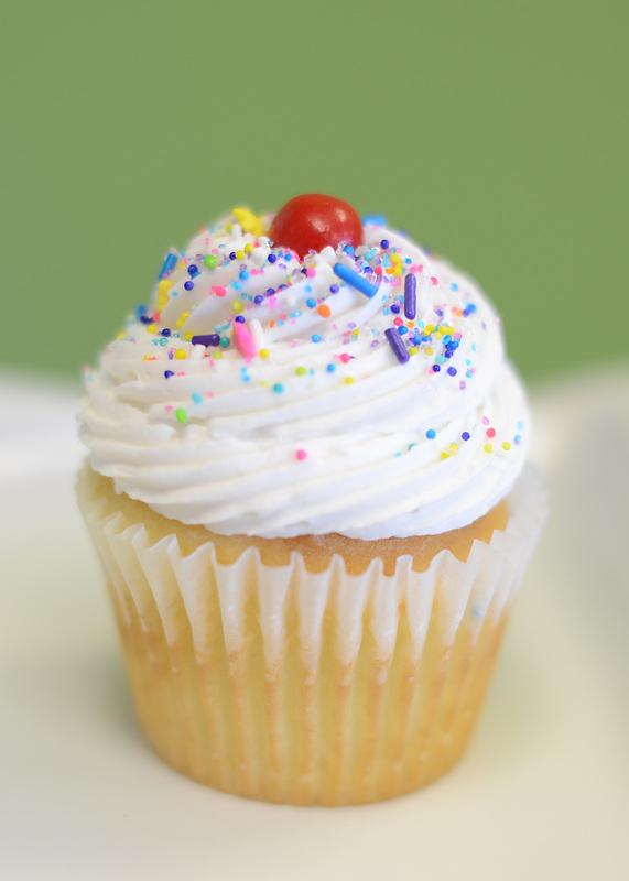 Not Your Grandmma's Cupcakes in Broken Arrow   Many flavors